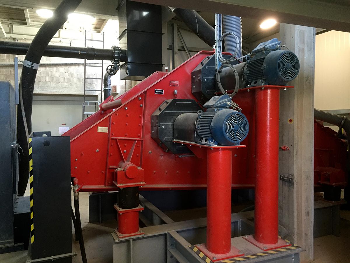 Linearschwingsiebmaschine