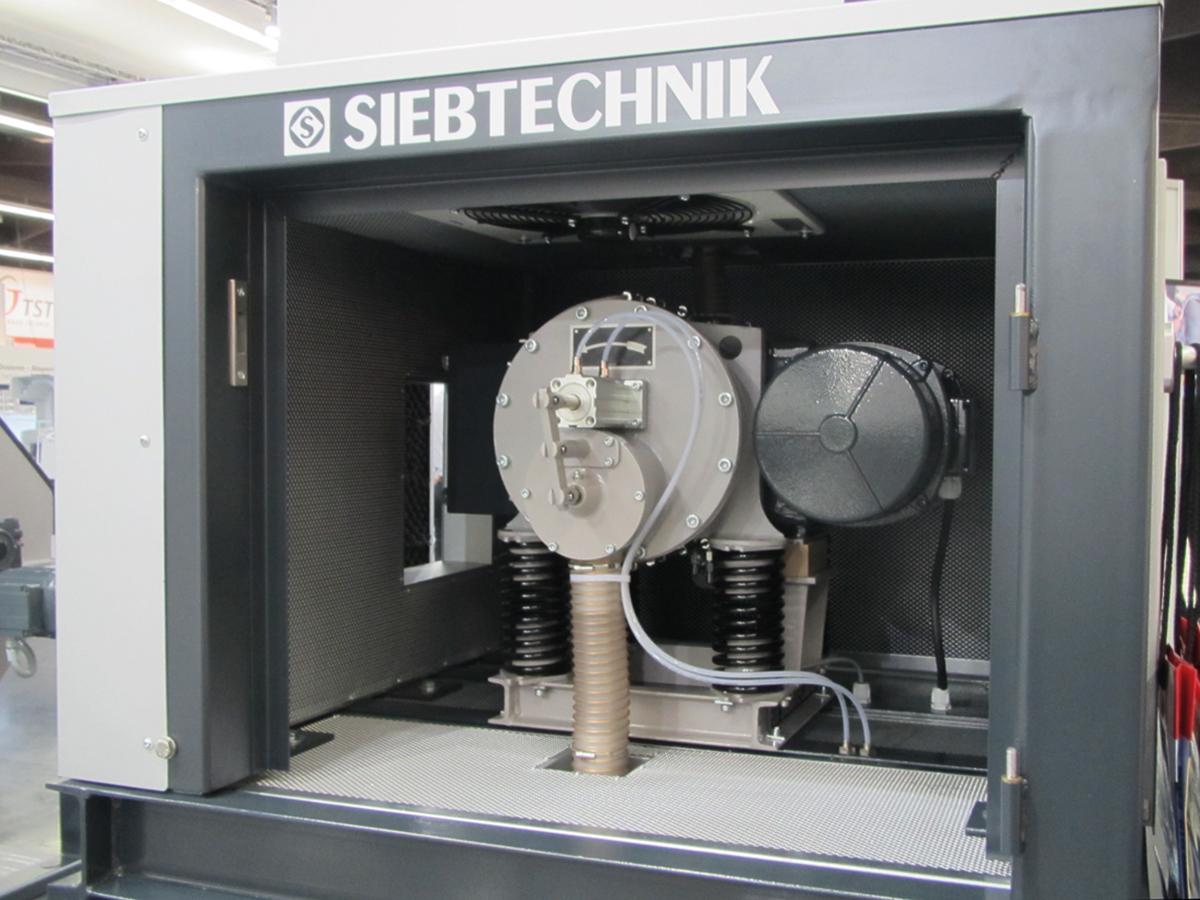 Exzenter-Schwingmühle ESM mit Schallschutzkabine