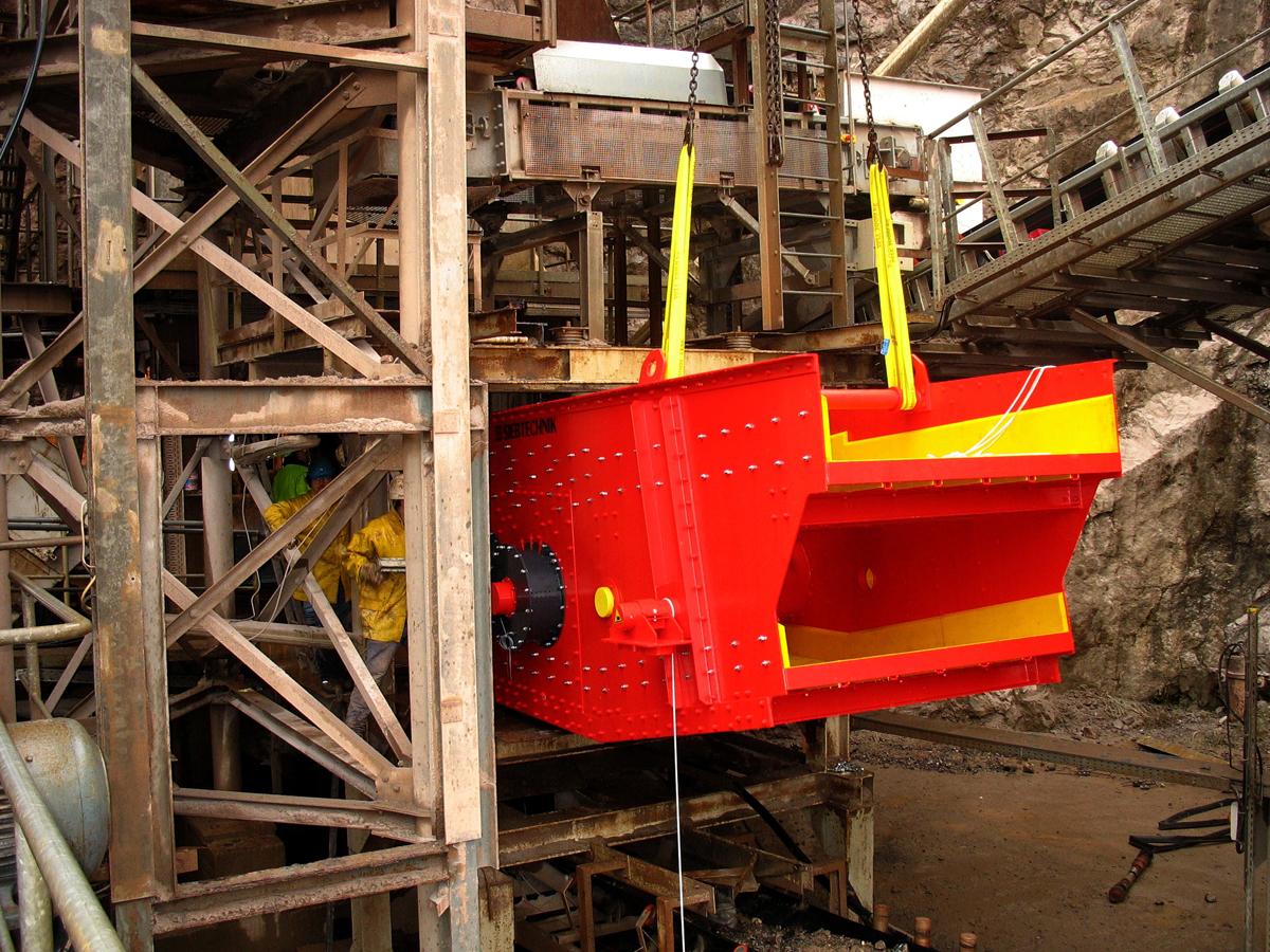 Ellipsenschwingsiebmaschine Typ EZ 18-50II FRWS für Kalk