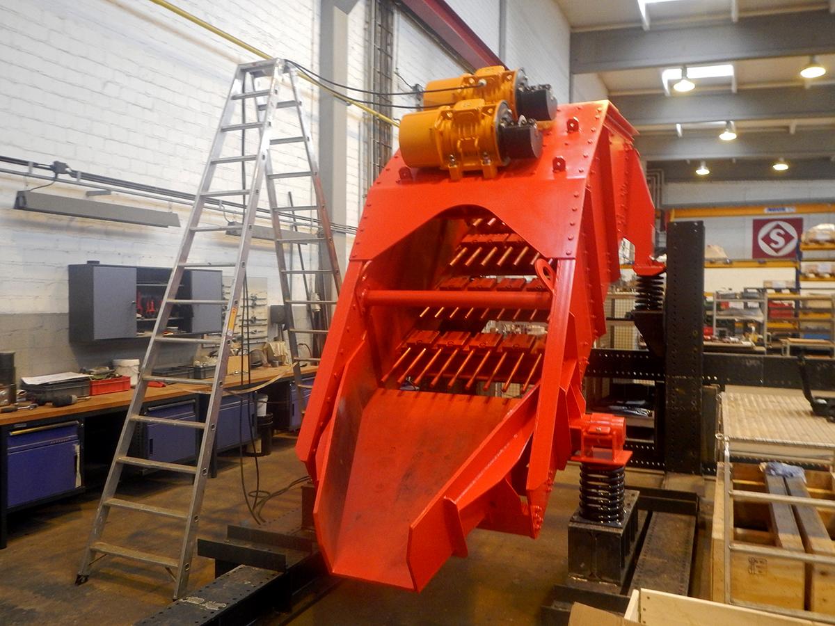 Linearschwingsiebmaschine HR 14-40-I FR Werks-Probelauf