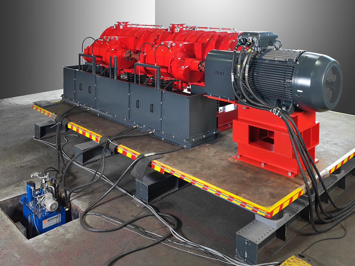 Exzenter-Schwingmühle ESM 856-2ks Ansicht auf den Antrieb, Gegenschwingrahmen, Ölumlaufschmierung und Erregereinheiten